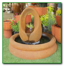 sculpture-oval--pond